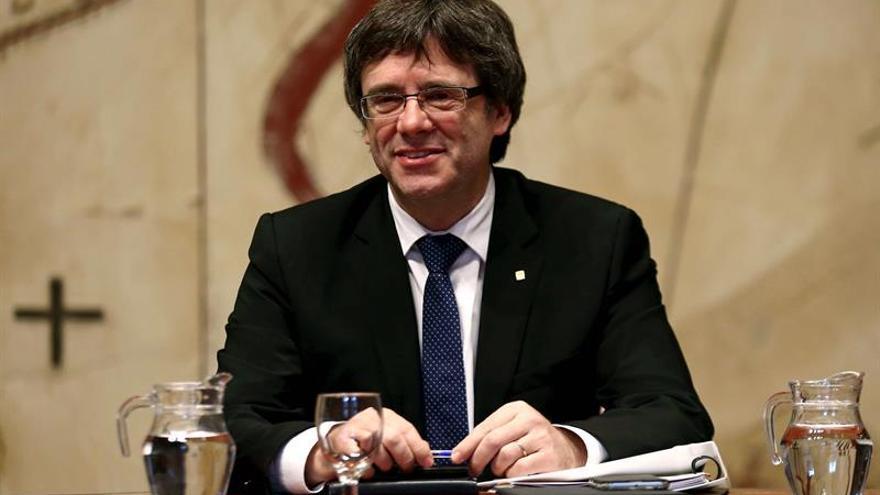 Puigdemont: No desfalleceremos en el tránsito hacia la preindependencia