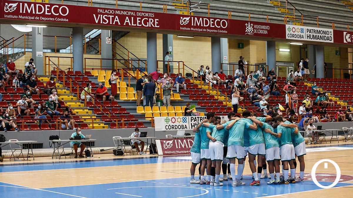 Los jugadores del Córdoba Patrimonio antes del partido