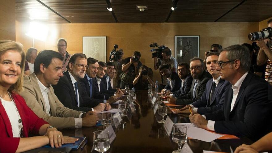 Reunión entre el Partido Popular y Ciudadanos. Foto: PP.