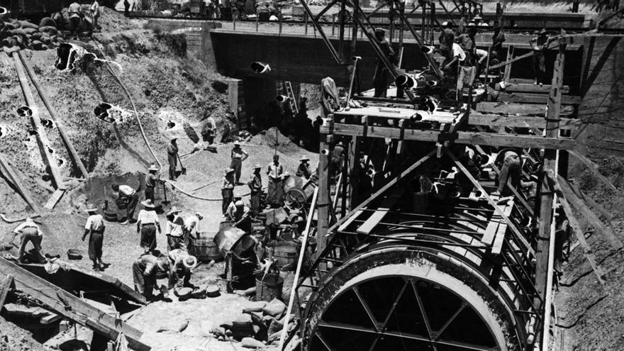 Construcción con trabajo esclavo del 'canal de los presos' para el Bajo Guadalquivir / RMHSA (CGT).