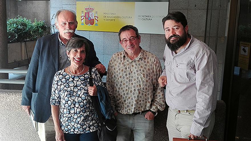 Miembros de la Plataforma Abraza el Infantado mantuvieron una reunión con representantes del Ministerio