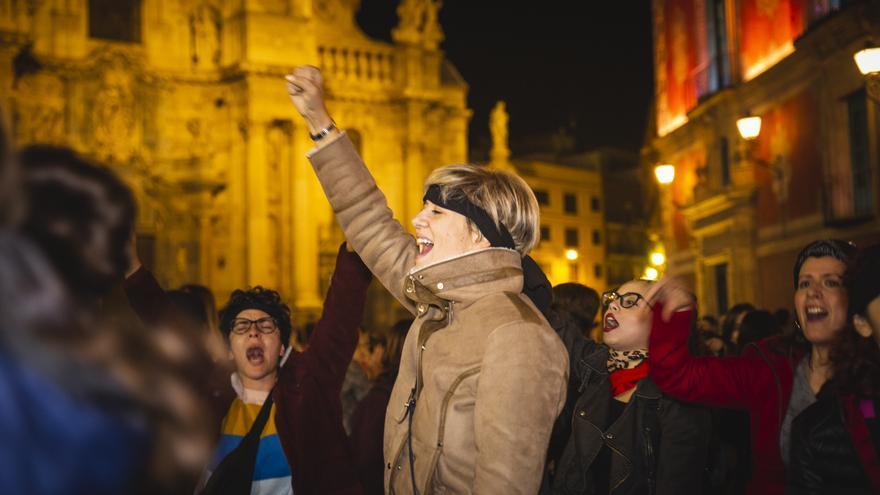 'Un violador en tu camino' en la plaza Cardenal Belluga de Murcia / Silvia Marte de La Cámara Roja