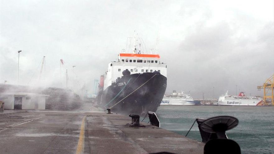 Canceladas las primeras salidas en el Estrecho por un fuerte temporal