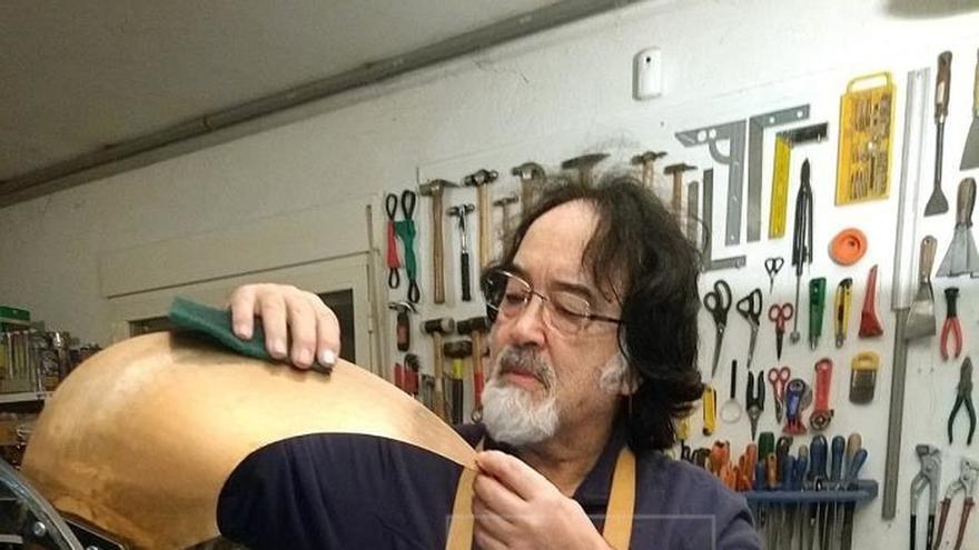 """José Luis Campuzano """"Sherpa"""": del acero del rock al hierro de las esculturas"""