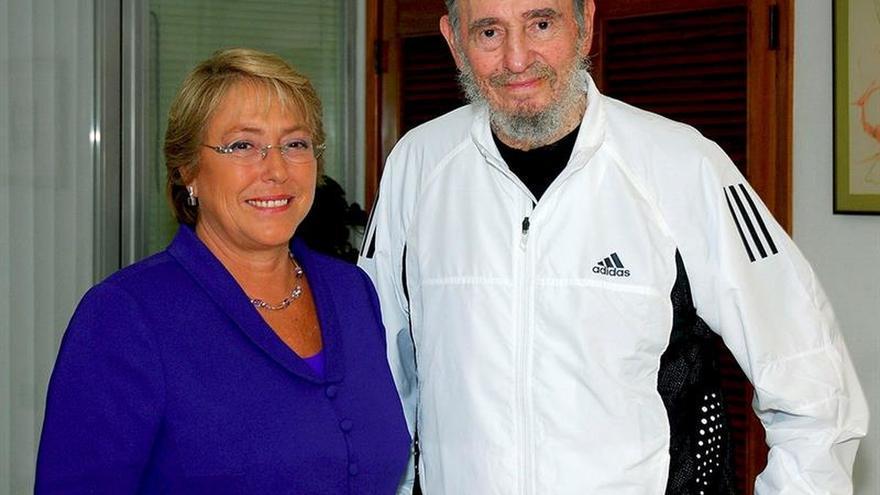 """Michelle Bachelet lamenta la muerte de un """"líder por la dignidad y la justicia Social"""""""