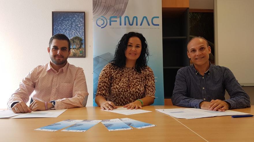 Tatiana Rodríguez junto a los dos empresarios seleccionados.