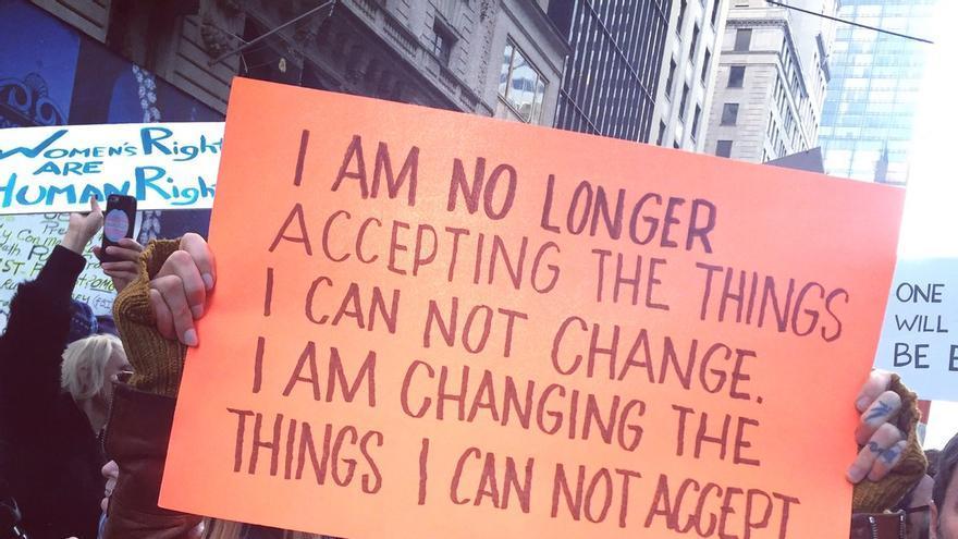 No volveré a aceptar las cosas que no puedo cambiar, voy a cambiar las que no puedo aceptar