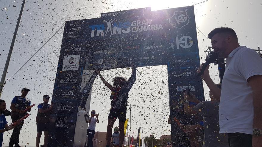 El italiano Luca Papi repite victoria en la prueba más dura de la Transgrancanaria