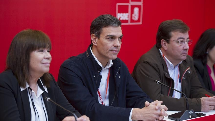 Sánchez reivindica la España de la concordia frente al PP y se desmarca de un Podemos que está con el secesionismo