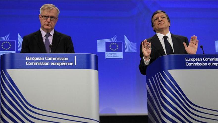 """La CE advierte de los """"riesgos significativos"""" que aún afronta la banca española"""
