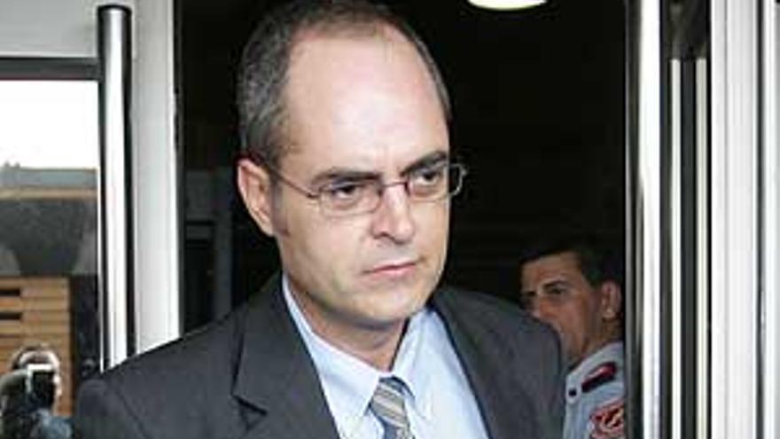 Luis del Río.
