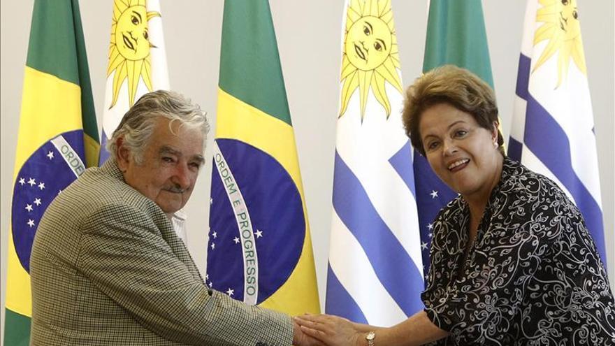 Rousseff se encontrará mañana con Mujica en víspera de la investidura de Vázquez