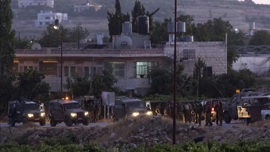 La aviación israelí bombardea con intensidad objetivos islamistas en Gaza