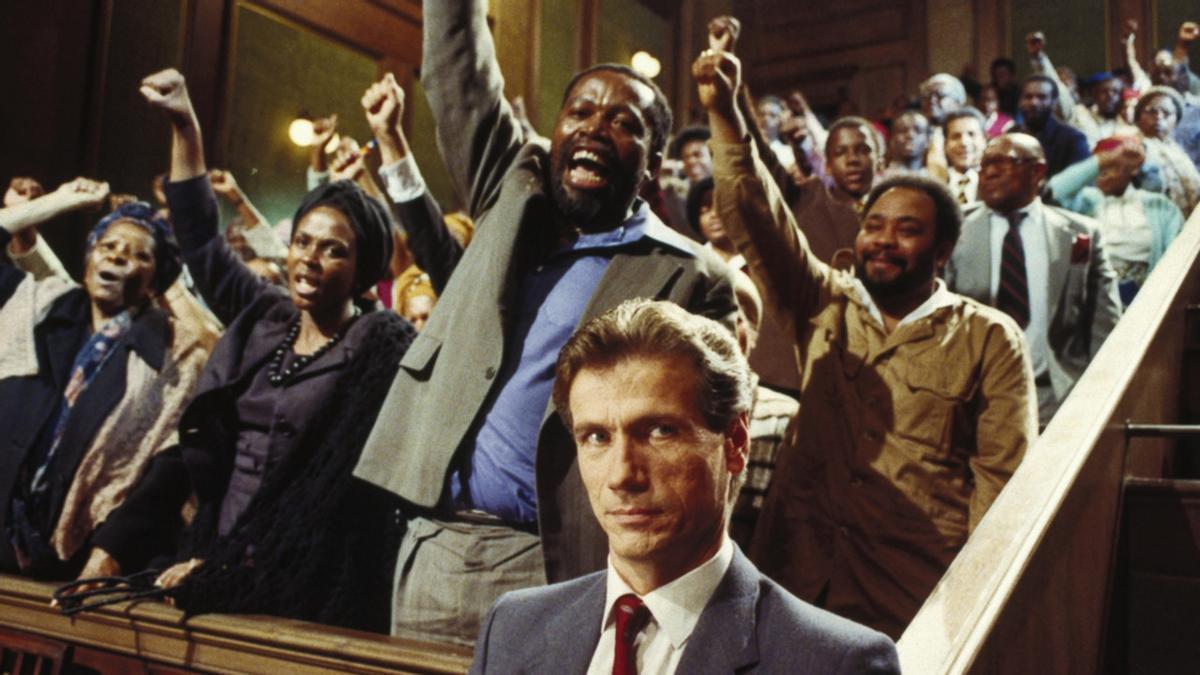 Hooks destaca filmes como 'Una árida estación blanca', que trata del 'apartheid' sudafricano