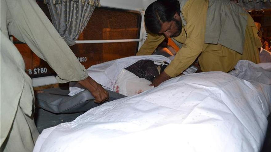 Al menos 22 muertos y 60 heridos en un atentado sectario en Pakistán