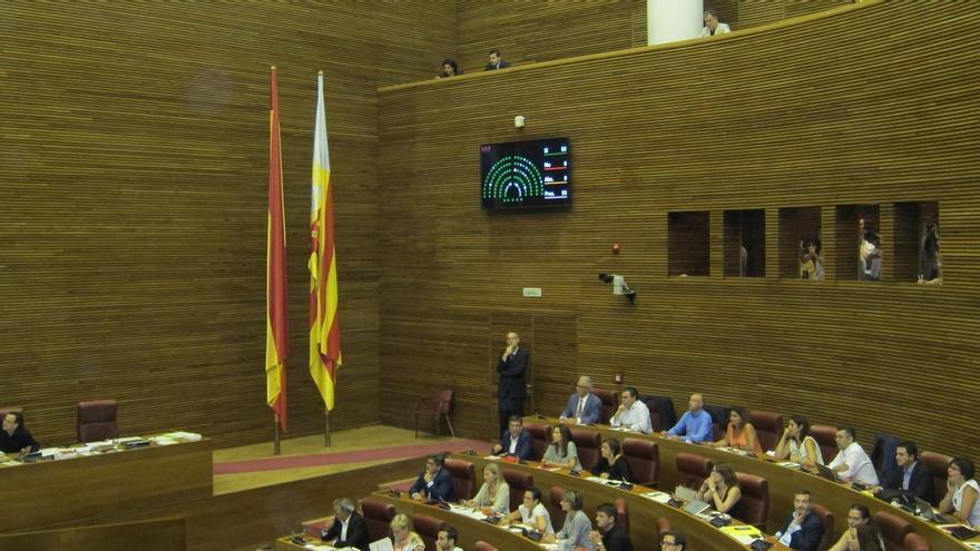 """Las Corts Valencianas piden a Barberá que renuncie al Senado por """"la dignidad de la representación de los valencianos"""""""