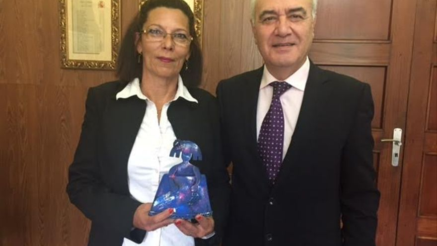 En la imagen, Flora Prieto y Miguel Ángel Morcuende.