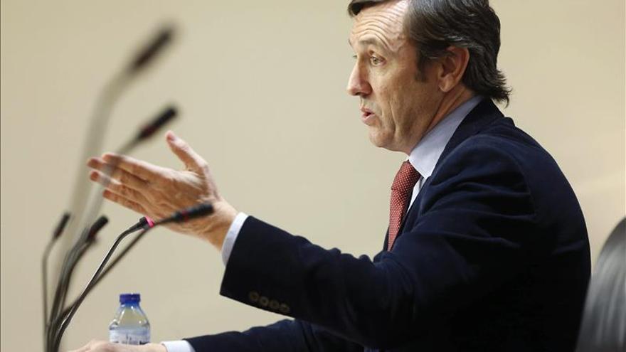 "Rafael Hernando (PP) critica a Sánchez por ser ""condescendiente"" en Andalucía"