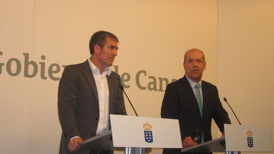 """Clavijo dice que el nuevo REF reconoce """"derechos"""" a los canarios y solicita su 'anclaje' a la Constitución"""