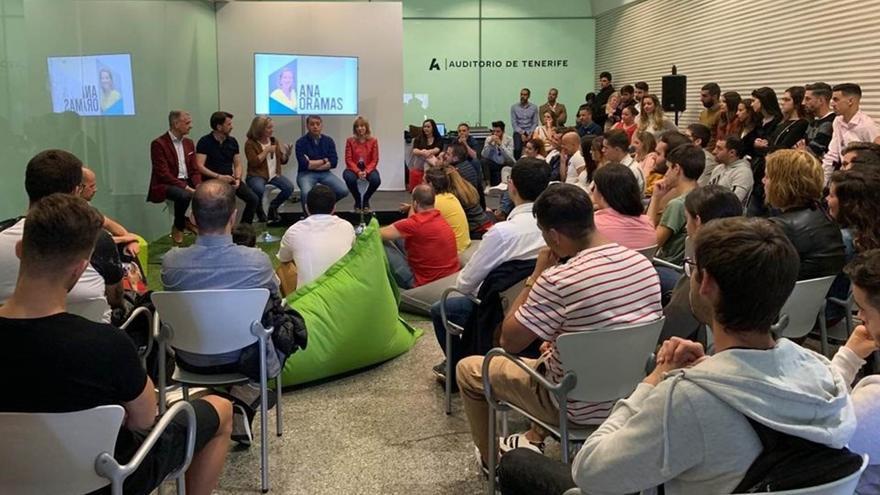 Oramas, en el encuentro con jóvenes celebrado en el Auditorio de Tenerife