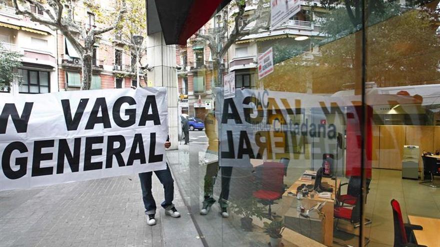CGT convoca una huelga general para el 3 de octubre en Cataluña