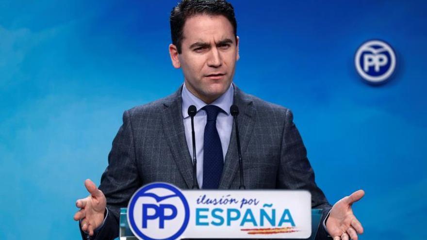 El PP pide a la ministra Delgado que haga como Cospedal