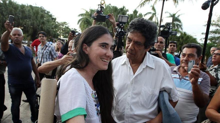 """Yoani Sánchez vuelve a Cuba con proyectos tras un viaje que le """"cambió la vida"""""""