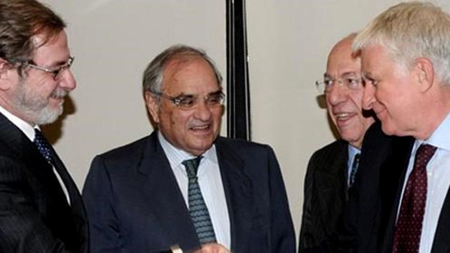 Competencia expedienta a Mediaset por incumplir compromisos de la fusión Telecinco-Cuatro