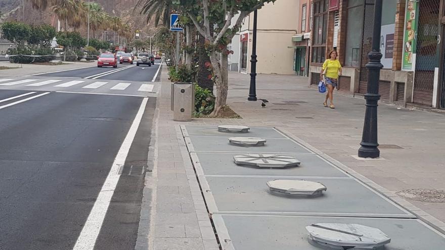 Contenedores soterrados de la Avenida Marítima.