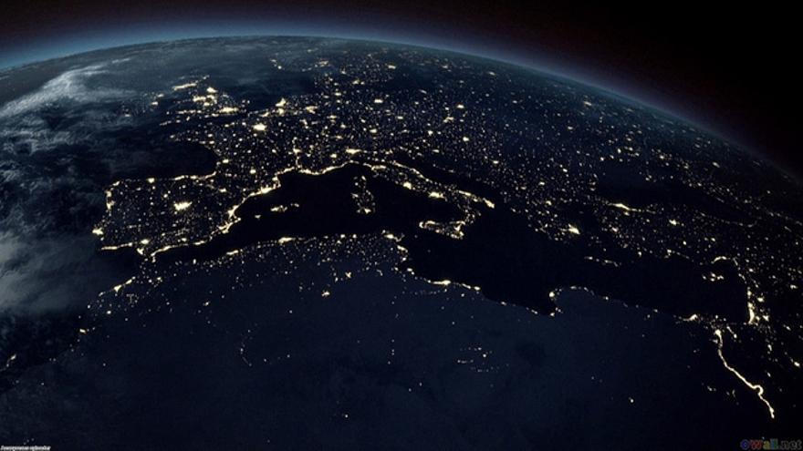 ¿Albergaremos nuestros datos fuera del planeta Tierra?