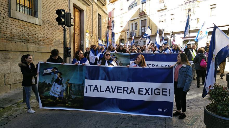 Manifestación talaveranos en Toledo
