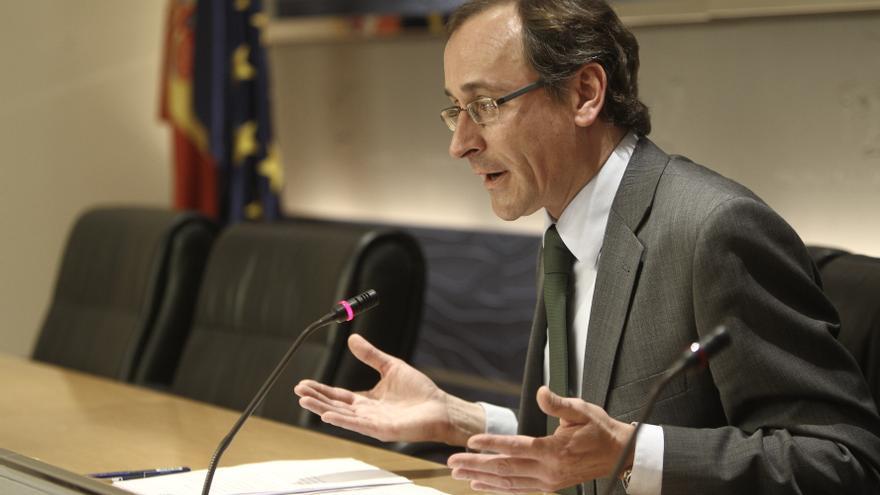 """El PP cree que Aznar """"tiene que sentirse satisfecho"""" del Gobierno de Rajoy porque está """"cambiando el país"""""""