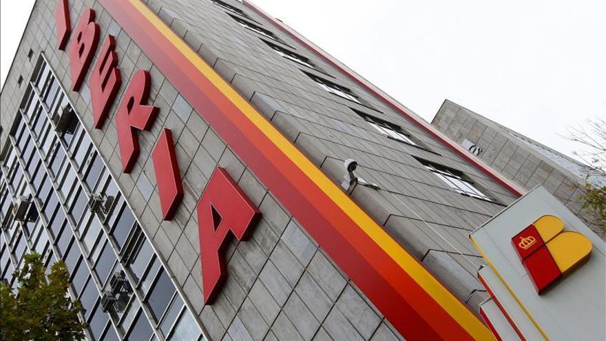 IAG quintuplica sus pérdidas en el primer trimestre lastrado por Iberia