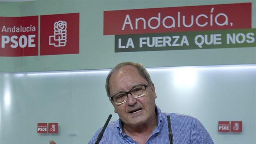 PSOE-A no cree que haya que pactar candidatura única para el Congreso Federal