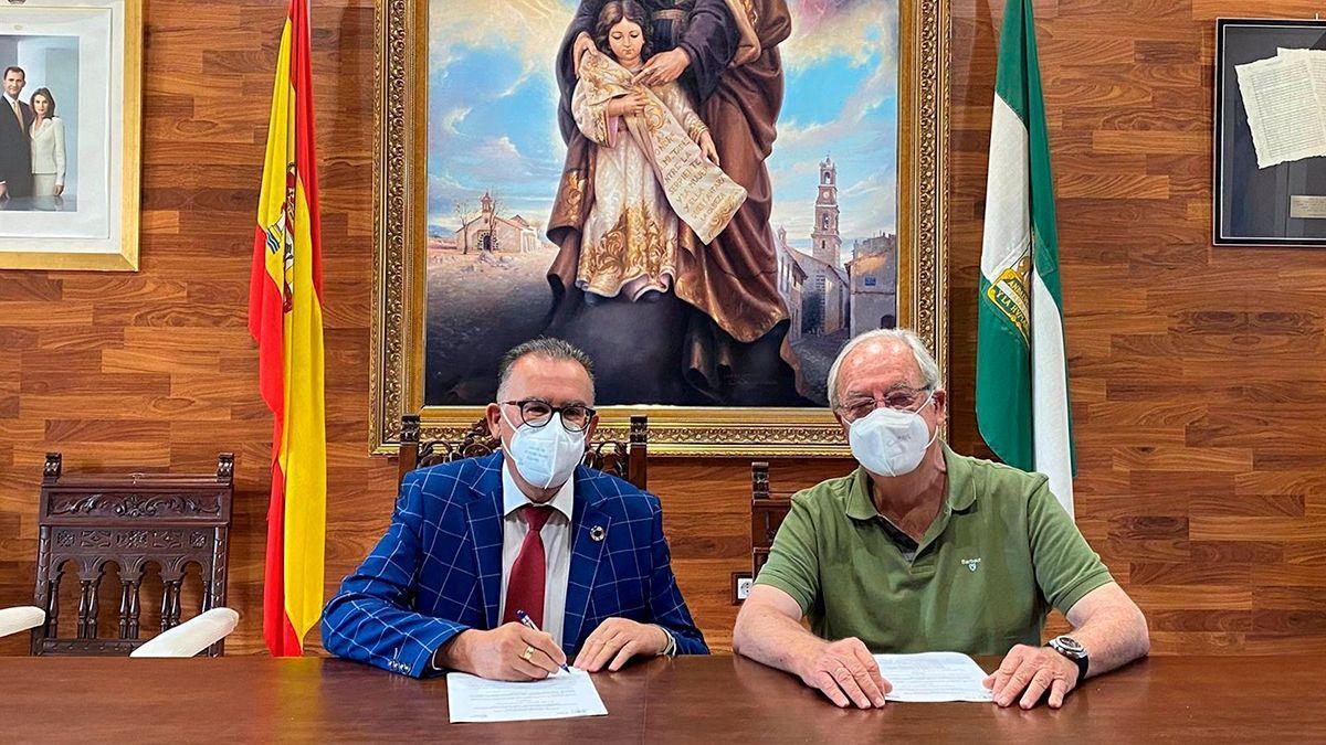 Firma del acuerdo en El Viso.