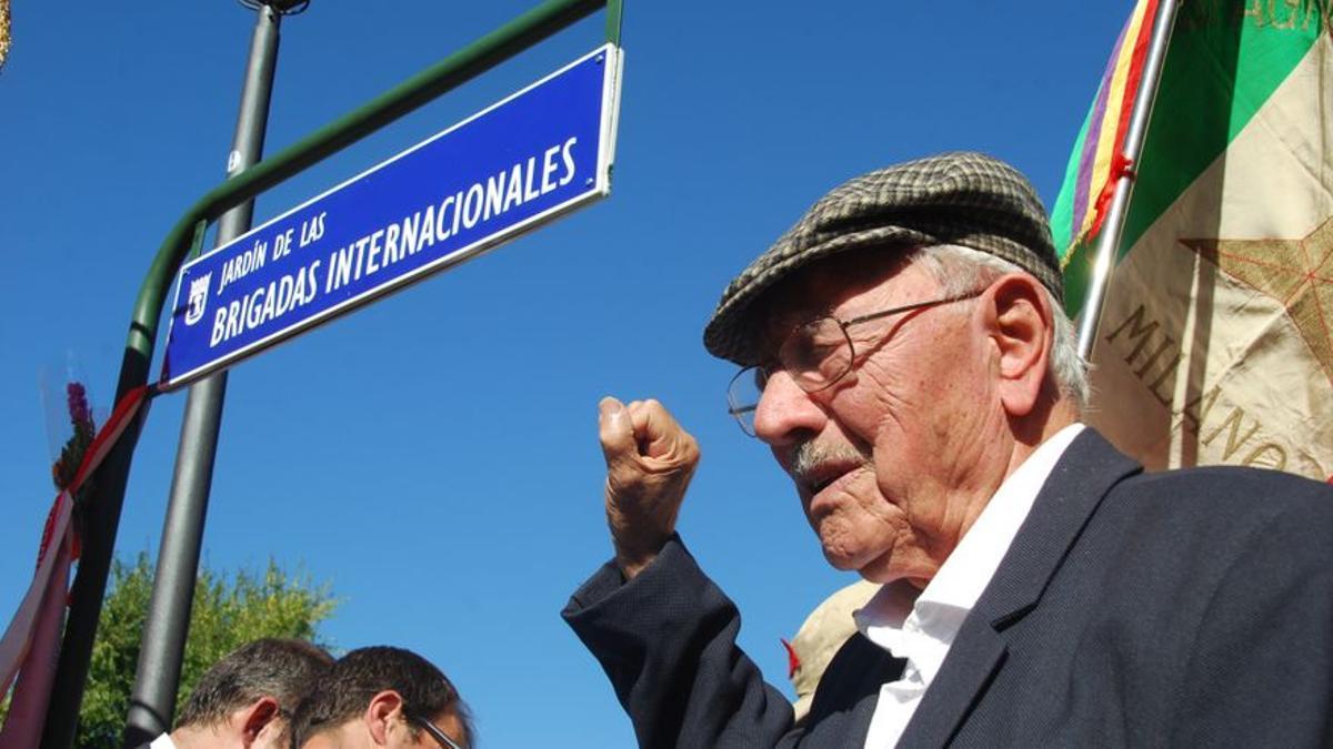 Josep Almudéver, durante un homenaje a los brigadistas internacionales.