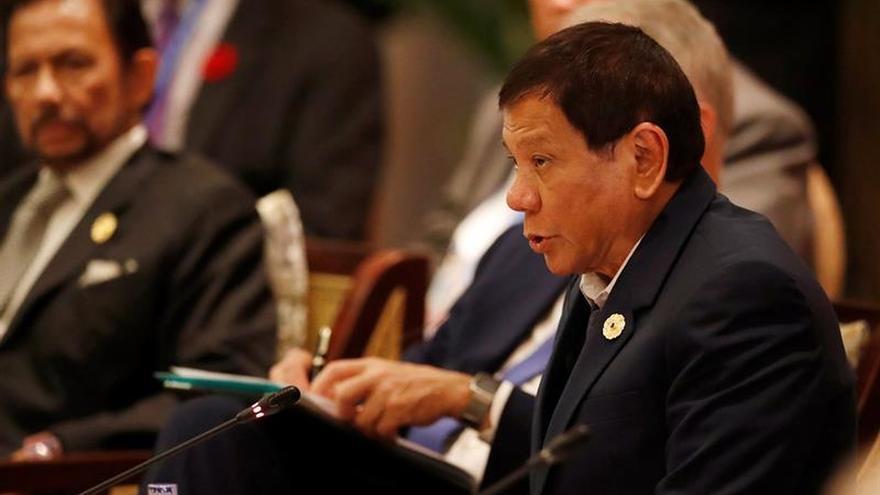 "AI insta a Trump a confrontar a Duterte por la ""guerra contra las drogas""EN VIETNAM"