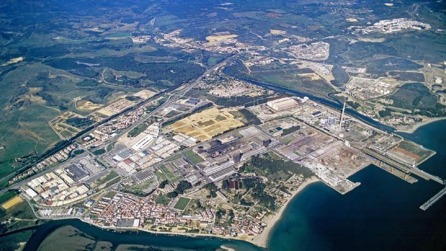 Imagen de la factoría en el polígono de Palmones, en Los Barrios (Cádiz).
