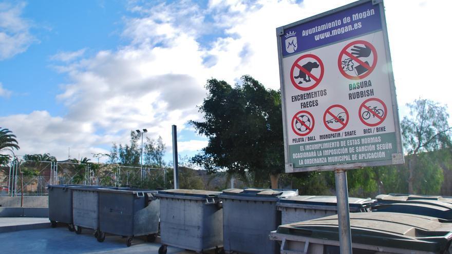 Contenedores de basura en Mogán
