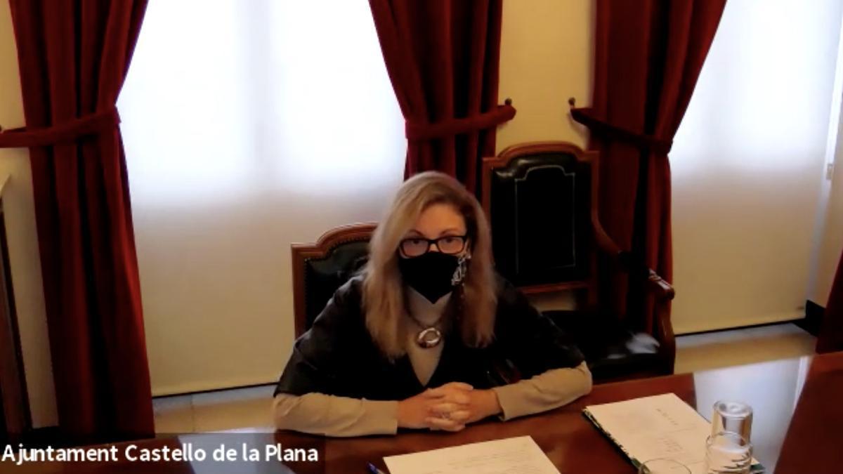 La alcaldesa de Castelló, Amparo Marco, durante la presentación telemática del programa europeo 'Intelligence City Challenge'.