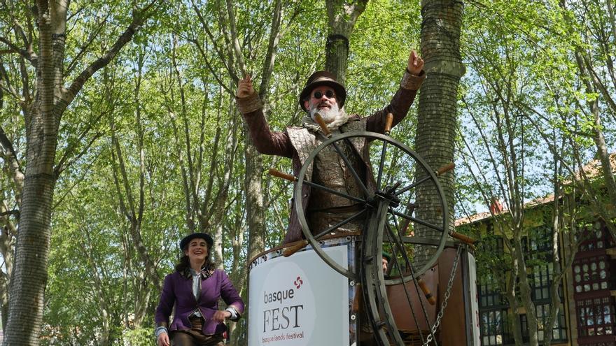 La Semana Santa se cierra en Bilbao con un 7% más de turistas, el 58% de ellos estatales y el 33%, internacionales