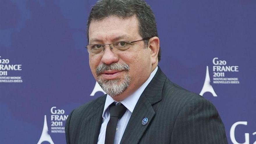 El partido de Rousseff exige la destitución de diez ministros de Temer