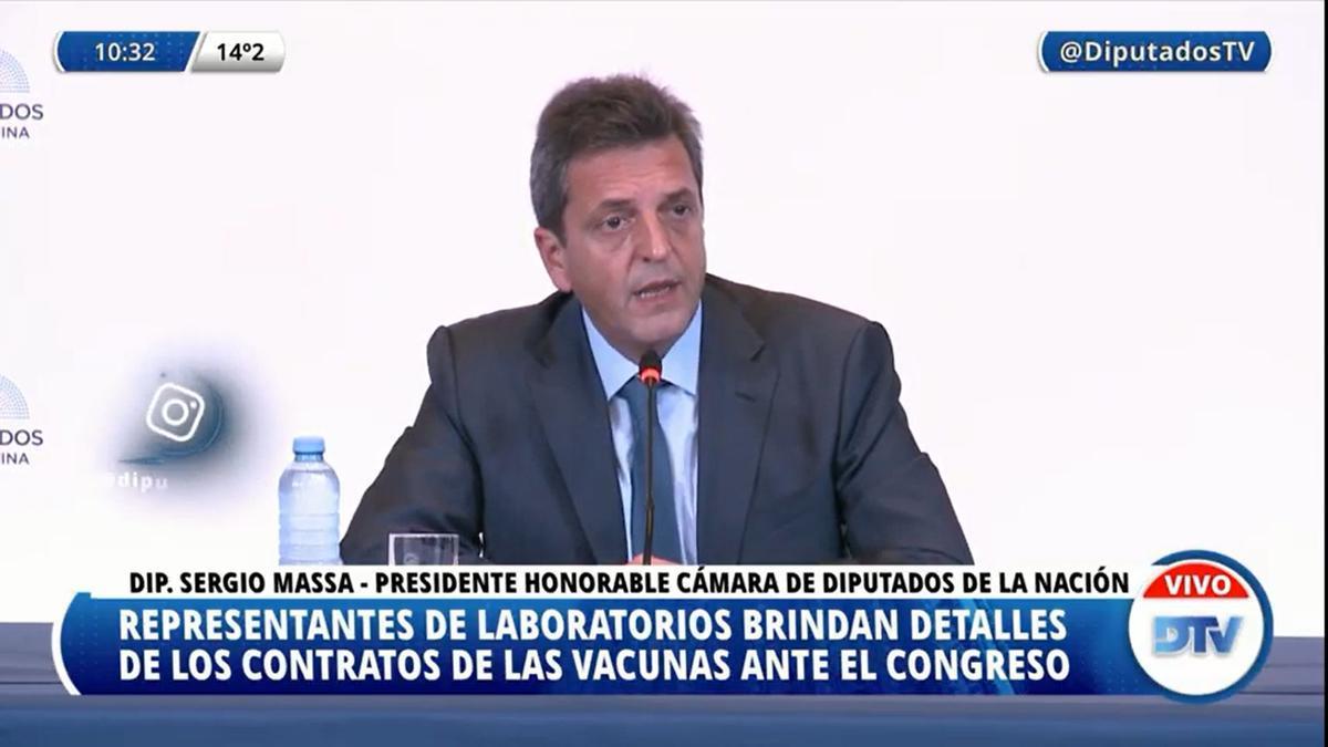 Massa, durante la reunión en la que debían exponer los laboratorios proveedores de vacunas en la comisión informativa del 8 de junio.