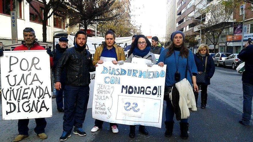 La marcha ha consistido en un recorrido de 8 kilómetros hasta la urbanización de Monago