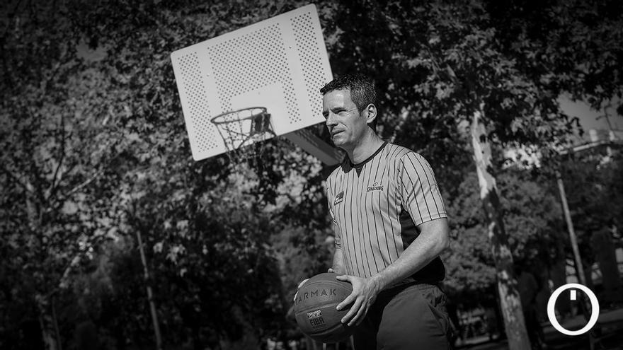Entrevista N&B al árbitro internacional de baloncesto, Antonio Conde