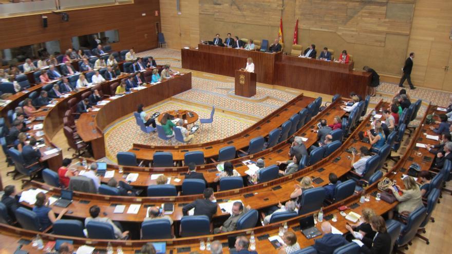 """Aguirre afronta mañana el debate del estado de la región con los """"recortes"""" y Eurovegas en primer plano"""