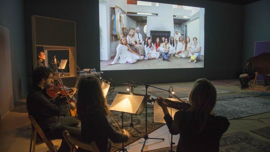 El Museo Guggenheim Bilbao presenta hasta el 11 de marzo la obra de Amie Siegel 'Invierno (Winter)'