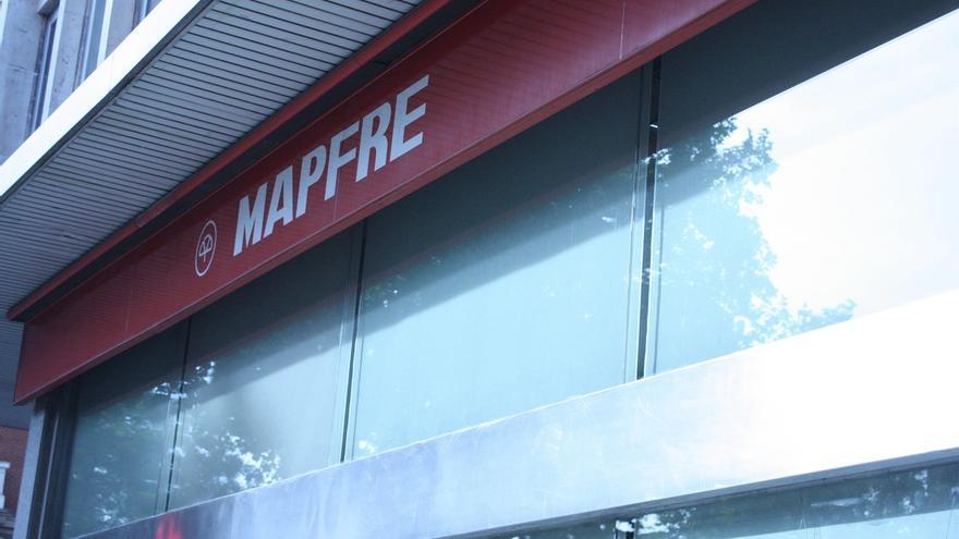 (Ampl.) Mapfre gana 673 millones hasta septiembre, un 1,6% menos, y eleva un 20% el dividendo de este año
