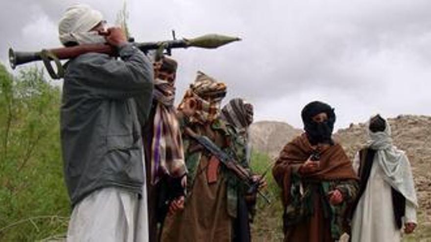 Los talibán se atribuyen el ataque contra el cuartel general del Ejército