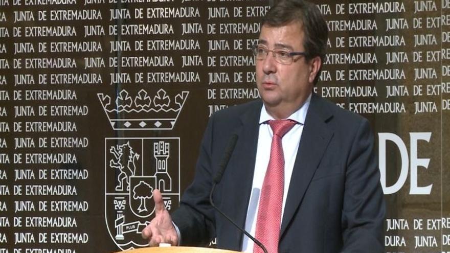 """Fernández Vara subraya que es """"absolutamente leal"""" al PSOE y a Sánchez: """"Pero la lealtad te exige decir lo que piensas"""""""